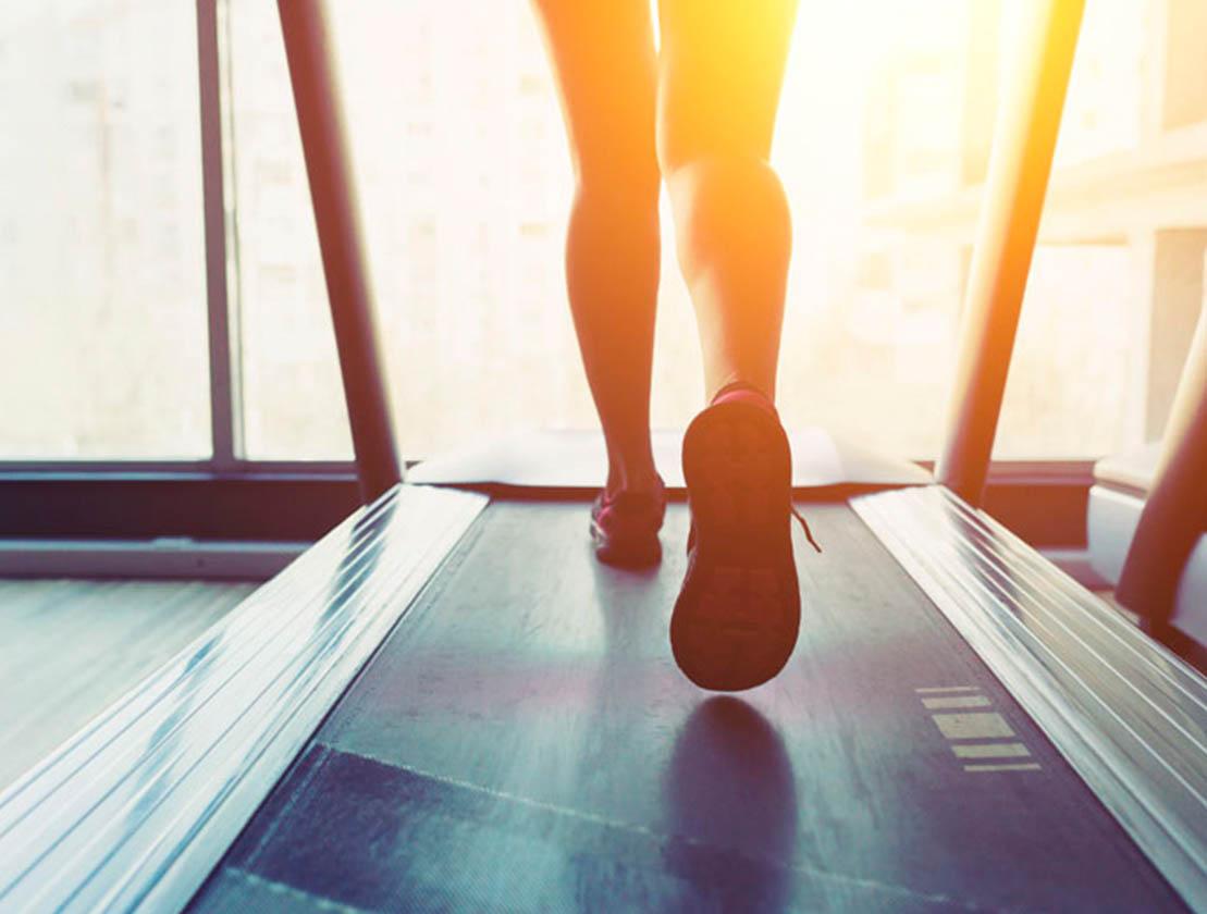 Consejos para entrenar en tu cinta de correr